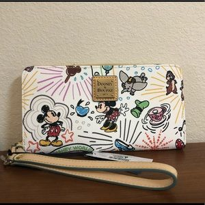 Dooney & Bourke Disney Sketch Wallet